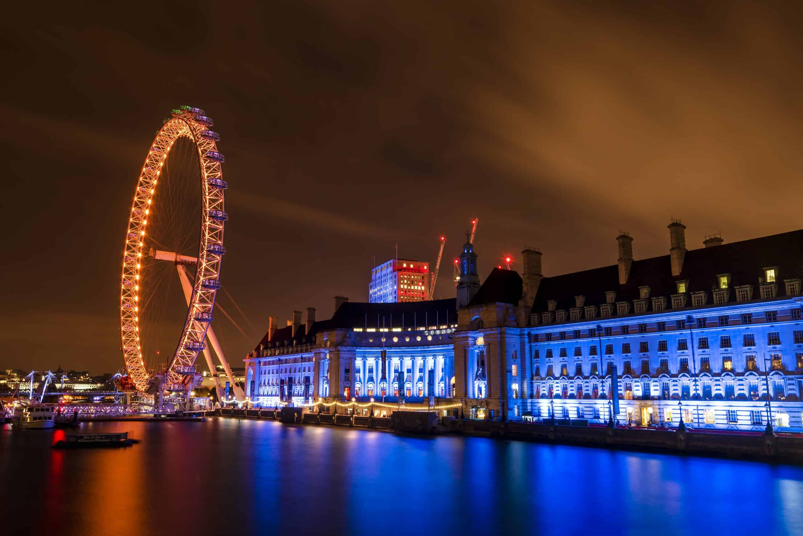 London-Eye-County-Hall